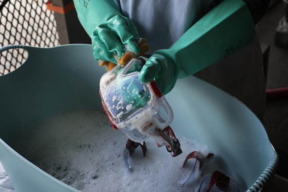 Limpeza e desinfecção de superfícies